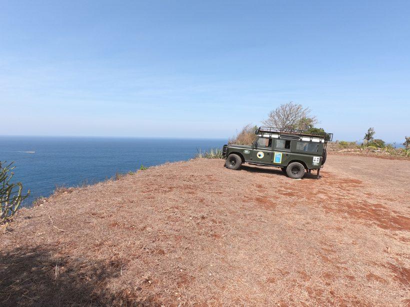 kelingking-beach-cliff-3