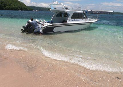 Charter boat Bali